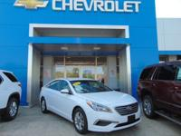 FUEL EFFICIENT 36 MPG Hwy/25 MPG City! CARFAX 1-Owner.