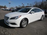Get lots for your money with this  2017 Hyundai Sonata.