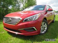 This new 2017 Hyundai Sonata in Queensbury, NEW YORK
