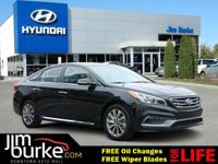 SAVE ON GAS with 35.0 Miles per gallon! This Sonata is