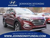 2017 Hyundai Tucson Limited. AWD, Cargo Cover, Carpeted