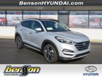Tucson Limited, 4D Sport Utility, FWD, Silver, and