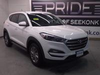 Hyundai FEVER! Call ASAP! This charming 2017 Hyundai