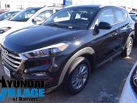 2017 Hyundai Tucson SE  in Black Noir Pearl. Cargo