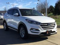 White 2017 Hyundai Tucson SE FWD 6-Speed Automatic with