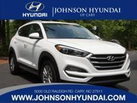 2017 Hyundai Tucson SE. Cargo Cover, Cargo Net, Cargo