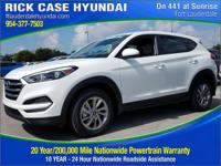 2017 Hyundai Tucson SE  in White and 20 year or 200,000