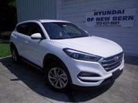 White 2017 Hyundai Tucson SE Plus FWD 6-Speed Automatic