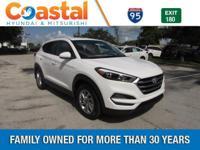 White 2017 Hyundai Tucson SE FWD 6-Speed Automatic with