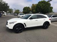 Options:  2017 Infiniti Qx70 Base|White|3.357 Axle