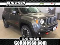 2017 Jeep Renegade Crystal Metallic Trailhawk 4WD