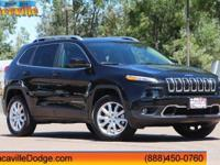 2017 Jeep CherokeeCARFAX One-Owner.Could this be the
