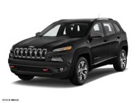 Diamond Black Crystal Pearlcoat 2017 Jeep Cherokee