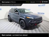2017 Jeep Cherokee Trailhawk in Rhino Clearcoat vehicle