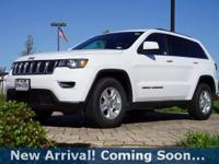 2017 Jeep Grand Cherokee Laredo in Bright White