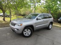 Options:  2017 Jeep Grand Cherokee Laredo|This 2017