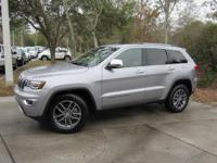 This 2017 Jeep Grand Cherokee 4dr Limited 4x2 features