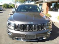 Options:  2017 Jeep Grand Cherokee Limited 4X4 4Dr