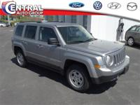 Jeep Patriot Sport 2017 Silver 4WD, Light Pebble