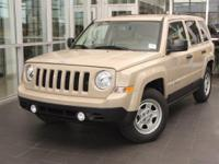 Delivers 27 Highway MPG and 21 City MPG! This Jeep