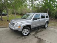 Options:  2017 Jeep Patriot Sport|This 2017 Jeep