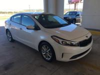EPA 38 MPG Hwy/29 MPG City! CARFAX 1-Owner, Excellent