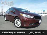 Delivers 38 Highway MPG and 29 City MPG! This Kia Forte