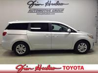 Options:  2017 Kia Sedona|Vin: Kndmb5c17h6248705|44K