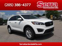 Snow White Pearl 2017 Kia Sorento LX FWD 6-Speed