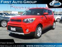PREMIUM & KEY FEATURES ON THIS 2017 Kia Soul include,