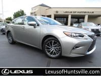 L/Certified 2015 Lexus ES350, Navigation, Heated and