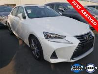 2017 Lexus IS 200t PREMIUM Eminent White Pearl w/black,