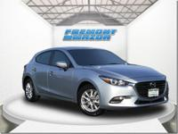 Options:  2017 Mazda Mazda3 Sport Hatchback|Silver|2.0L