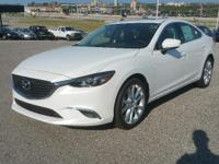 Heated Seats, Sunroof, Dual Zone A/C, Keyless Start,