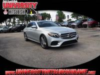 **HAGGLE FREE PRICING** 1-Owner 2017 Mercedes-Benz