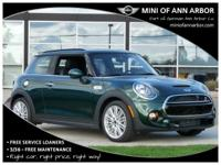 2017 Mini Cooper S Base British Racing Green