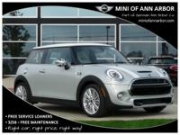 2017 Mini Cooper S Base white silver