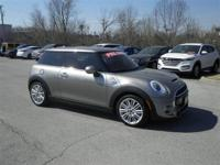 Looking for a clean, well-cared for 2017 MINI Hardtop 2