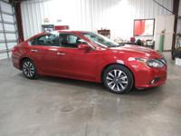 2017 Nissan Altima 2.5 Red 2017 Nissan Altima 2.5 In
