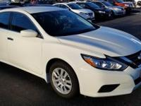 2017 Nissan Altima 2.5 CVT.  Clean CARFAX. Reviews: