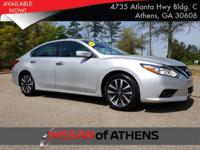 Come see this 2017 Nissan Altima 2.5. Its Variable