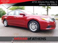 Come see this 2017 Nissan Altima 2.5 S. Its Variable