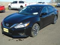 CARFAX 1-Owner. $400 below Kelley Blue Book! 2.5 trim.