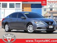 4D Sedan, 2.5L 4-Cylinder DOHC 16V, CVT with Xtronic,