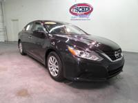 2017 Nissan Altima 2.5 S ** Certified Pre Owned /