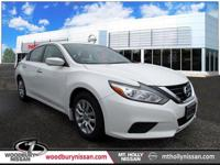 CARFAX One-Owner. Clean CARFAX. White 2017 Nissan