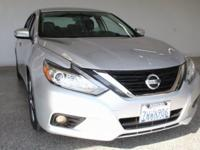 2017 Nissan Altima 2.5 SL 4D Sedan Brilliant Silver