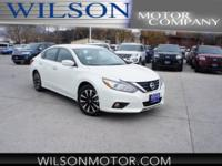 Altima 2.5 SV, 2.5L 4-Cylinder, CVT with Xtronic, and