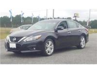 22/32 City/Highway MPG Super Black 2017 Nissan Altima
