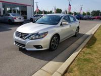This 2017 Nissan Altima 3.5 SR is proudly offered by